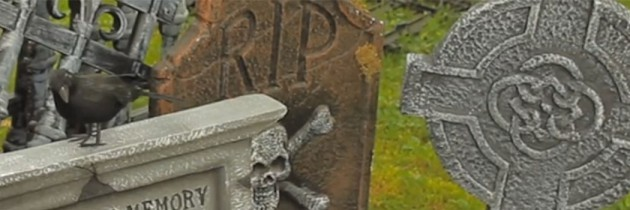 Backyard Graveyard Halloween Decorating Tutorial