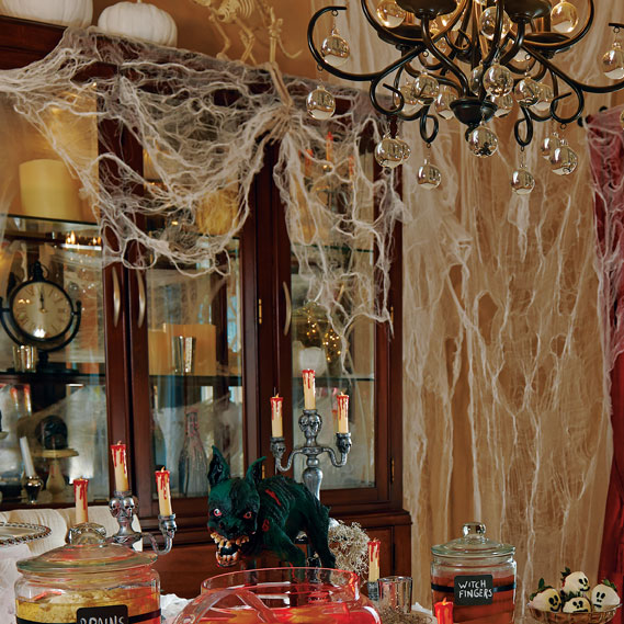 10-halloween-decorating-ideas---cobwebs