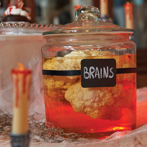 10-halloween-decorating-ideas---jars