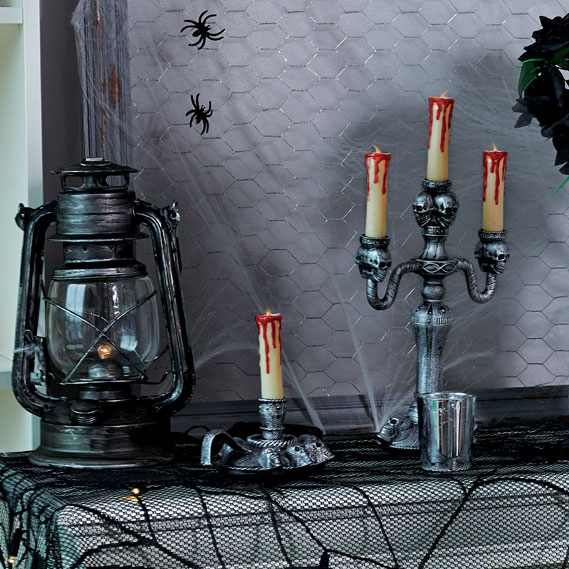 10-halloween-decorating-ideas---lanterns-candles